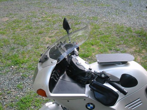 R1150RS windshield down